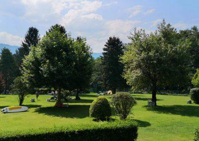 Liegewiese mit Panorama